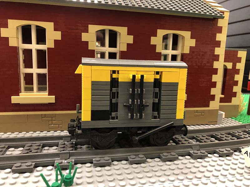 LEGO model of 12t VANFIT