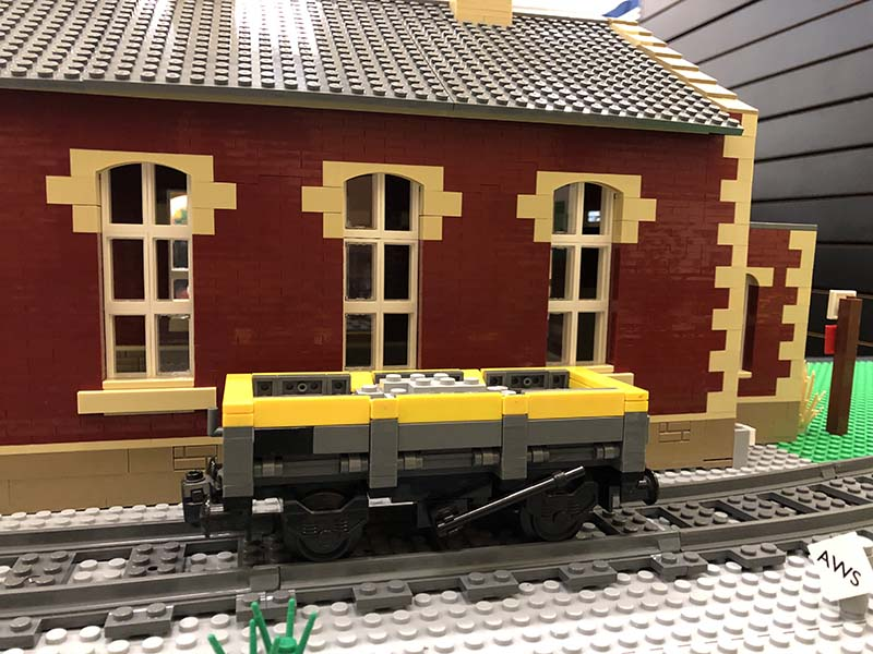 LEGO model of 20.5t Ballast/Spoil wagon